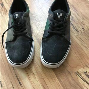 Men's Nike Camo Sneakers